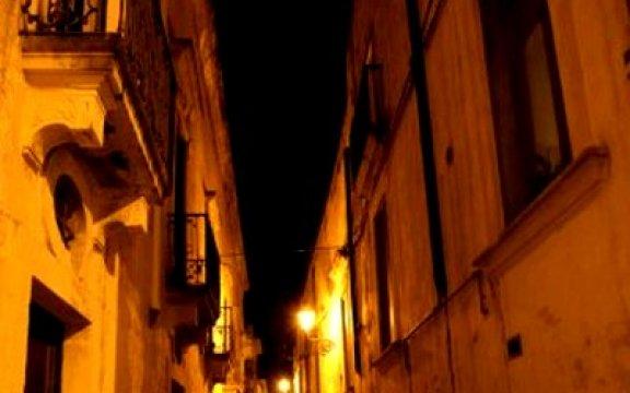 Poggiardo_scorcio_notturno