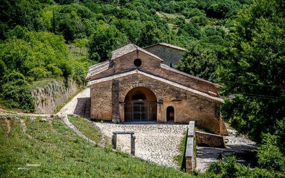 Magliano_de_marsi_chiesa_di_santa_maria_in_valle _porclaneta