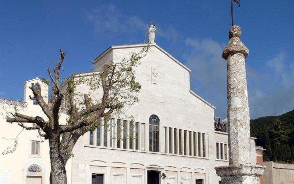 santuario_santa_maria_delle_grazie_san_giovanni_rotondo_borghi_autentici_puglia
