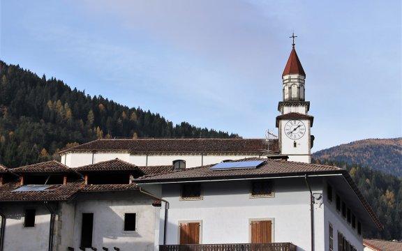 Sutrio panorama borgo