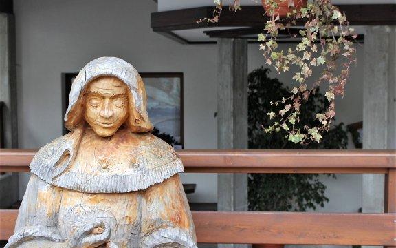 Sutrio statua legno