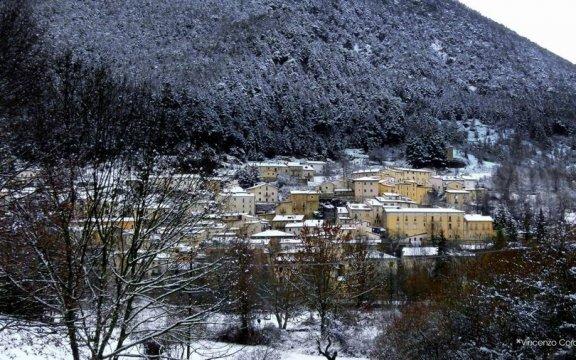 villetta-barrea-innevata_borghi-autentici-italia-abruzzo