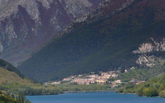 villetta_barrea_montagne_borghi_autentici_italia_abruzzo