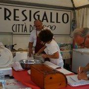 borgo autentico di saluzzo piemonte festa nazionale bai 2015 cucina tresigallo emilia romagna