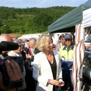 festa nazionale borghi autentici 2010 levice visita delle autorità tra gli stand giovanna melandri