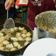 pietralunga umbria festa nazionale borghi autentici 2014 cucina tipica emiliana borgo di tresigallo frittelle di riso
